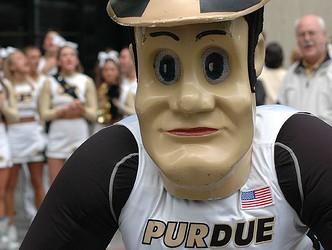 Purdue-pete-787610-332x250_medium