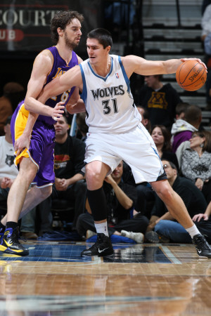 Sherman-david-los-angeles-lakers-v-minnesota-timberwolves-darko-milicic-and-pau-gasol_medium