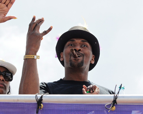 88867_los_angeles_lakers_victory_parade_medium