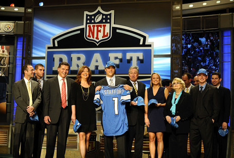 2009_nfl_draft_1r1quivpairl_medium