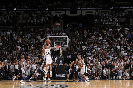 108372_memphis_grizzlies_v_san_antonio_spurs___game_five_medium