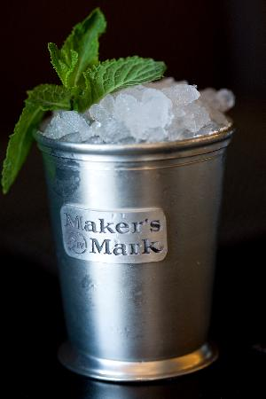 The-mint-julep-the-official_medium