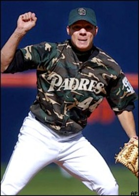 Padres-camo_display_image_medium