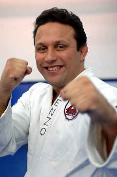Amd_renzo_gracie_medium