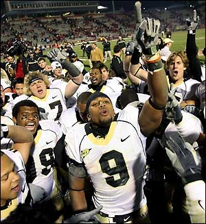 Wake_forest_football_medium