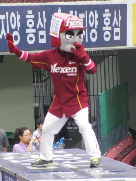 2011_07_korea_20baseball_img_4629_medium