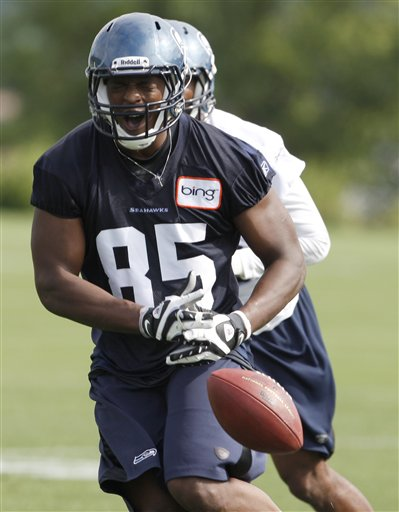 84504_seahawks_camp_football_medium
