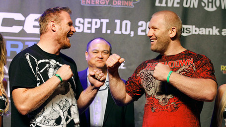 Mma_e_barnett_kharitonov_b1_576_medium