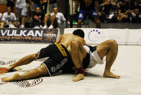 Pablo_20popovitch_20adcc_202009_20garcia_20guard_20pass_medium