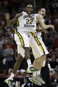 61384_ncaa_villanova_george_mason_basketball_medium