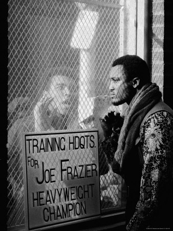 John-shearer-boxer-muhammad-ali-taunting-boxer-joe-frazier-during-training-for-their-fight_medium