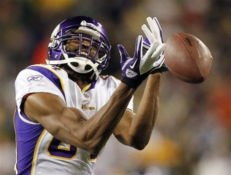 Vikings_packers_football_95518_game_medium