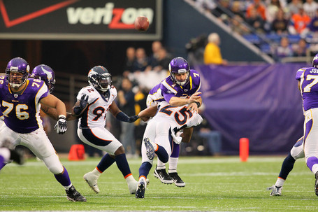 Chris_harris_denver_broncos_v_minnesota_vikings_fthhayg_78_l_medium
