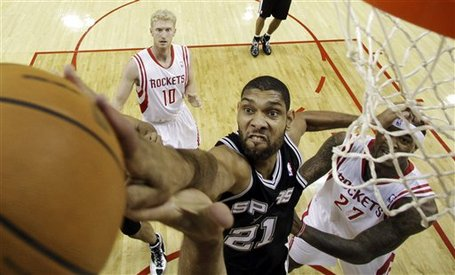 114418_aptopix_spurs_rockets_basketball_medium
