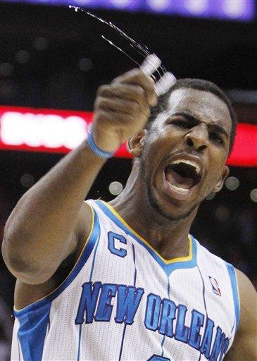 105319_hornets_suns_basketball_medium