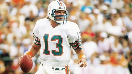Nfl_g_marino_580_medium