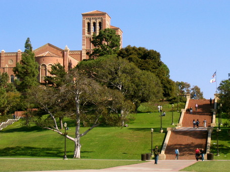Janss_steps__royce_hall_in_background__ucla_medium