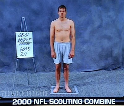 Tom_brady_nfl_draft_combine_2000_medium