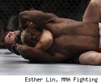 Joe Lauzon submits Melvin Guillard at UFC 136.