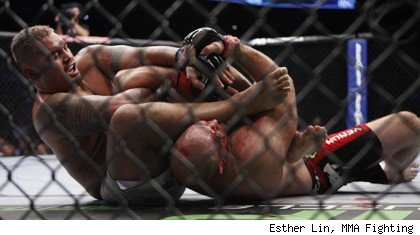 Mark Hunt def. Ben Rothwell at UFC 135.