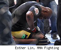 Anderson Silva defeated Yushin Okami in the main event of UFC 134.