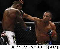 Edson Barboza defeats Anthony Njokuani at UFC 128.