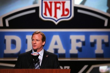 Roger-goodell-nfl-draft_display_image_medium