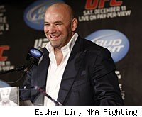 Dana White and the UFC 141 fighters will answer questions from the media at the UFC 141 post-fight press conference.