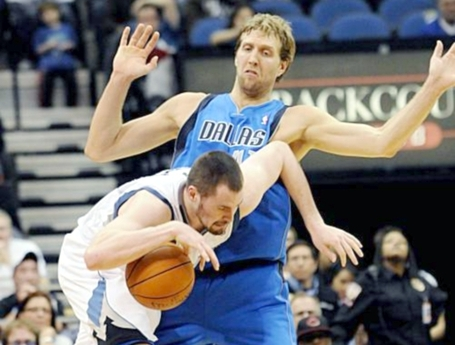 Kevin-love-dirk-nowitzki_medium