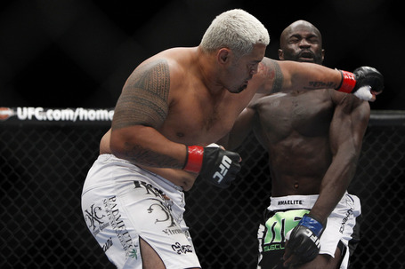 089_mark_hunt_vs_cheick_kongo_gallery_post_medium
