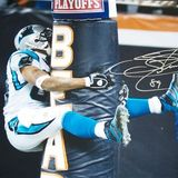 Steve-smith-autographed-carolina-panthers-hugging-the-bears-goalpost-16x20-photo-steve-smith-authenticity_67f24f31ab8cd9605d8770cf096a45e0