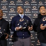 62438_bears_free_agency_football