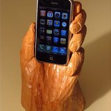 Wooden-hand-iphone-stand_1