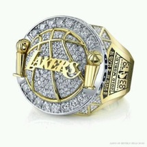 2010-lakers-championship-ring
