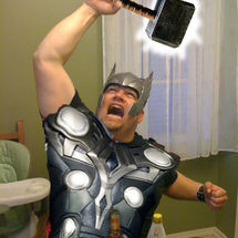 Thor_in_kitchen