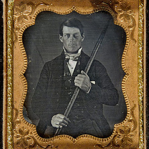 350px-phineas_gage_cased_daguerreotype_wilgusphoto2008-12-19_unretouched_color