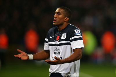 Sylvain Distin vs. the Everton fans – how far is too far?