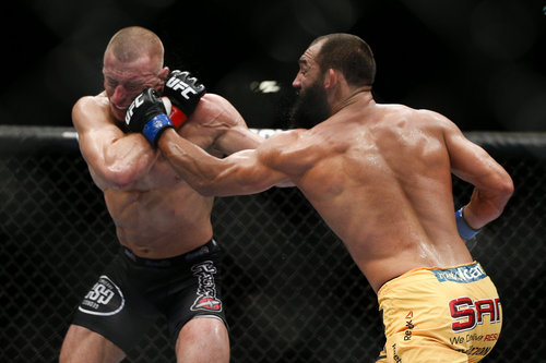 323_georges_st-pierre_vs_johny_hendricks.0.jpg