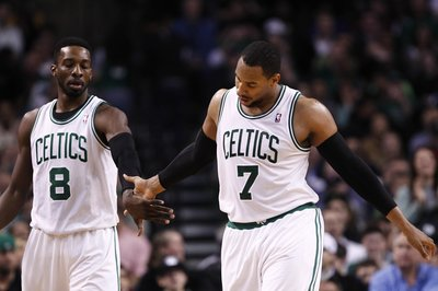 Thursday's Leftovers: Crawford's hand is wrapped, Ainge discusses development