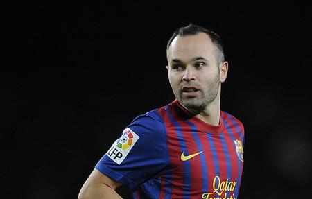 Iniesta : Barcelona Tidak Merasa Tertekan Dengan Adanya Pelatih Baru