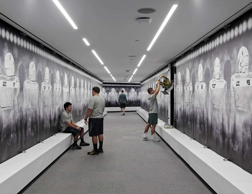 Oregon Ducks Release Photos Of New Football Facility