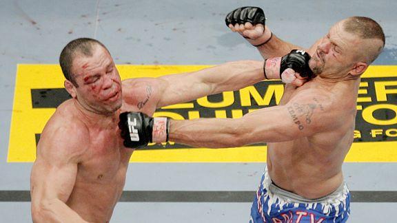 Chuck Liddell vs Wanderlei Silva was just a wild fight
