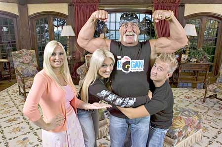 Hulk Hogan Porn Parody - Tb_hoganfamily_450_medium
