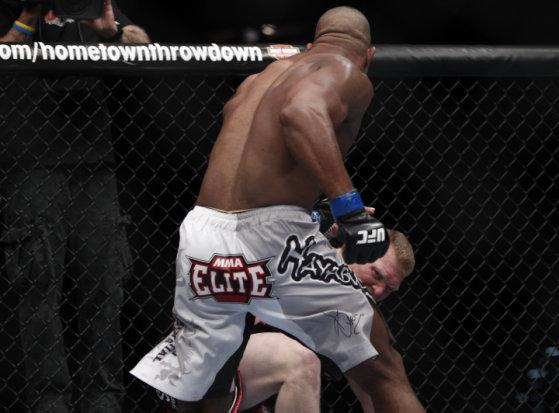 Ufc 141 Results Brock Lesnar Vs Alistair Overeem Fight